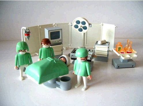 playmobil-operatingroom-OR-3459-discontin-1997-geobra-1974_MLA-O-3059836046_082012